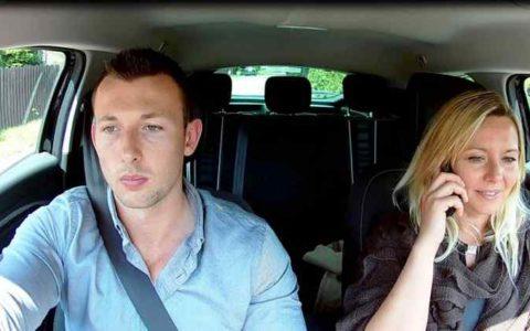 Kasia i Chris w samochodzie